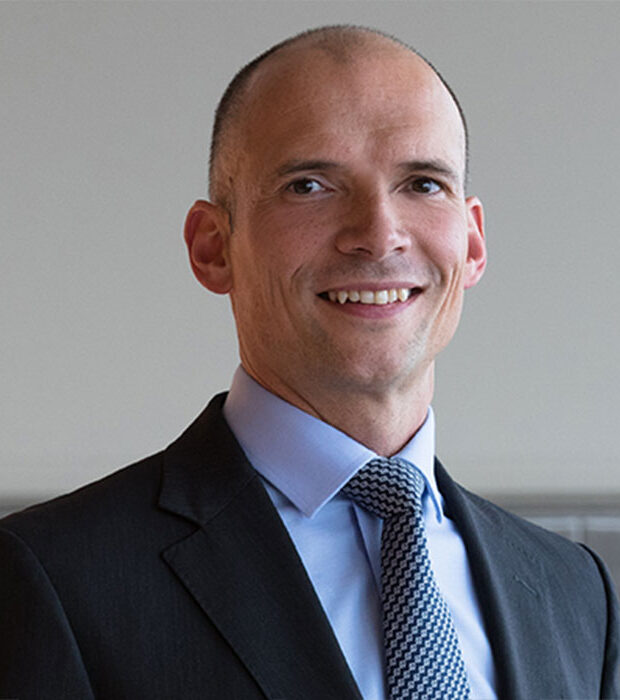 Jonathan Humphries - Head of Specializations at Glion